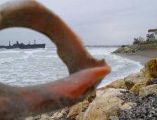 Petiție împotriva proiectului OMV-Exxon de construire a unei stații industriale între Farul Tuzla și Epava Evaghelia