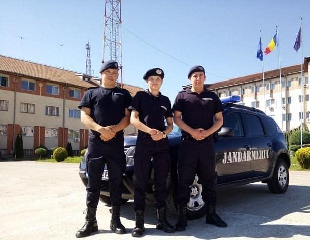 elevi in practica jandarmerie