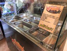"""Fast food-ul """"La Snitzel"""" a fost redeschis. Patronii au remediat deficiențele constatate de către inspectorii OPC!"""
