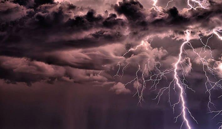 furtuni in tara