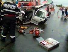 Accident CUMPLIT în Ialomița. 3 persoane au murit, iar un copil are nevoie de îngrijiri de specialitate la un spital din București