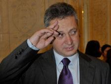 Fostul ministru Relu Fenechiu, ELIBERAT condiţionat deși nu a achitat prejudiciul