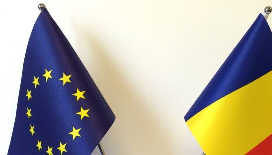 eu-romania-flags-2-938×535