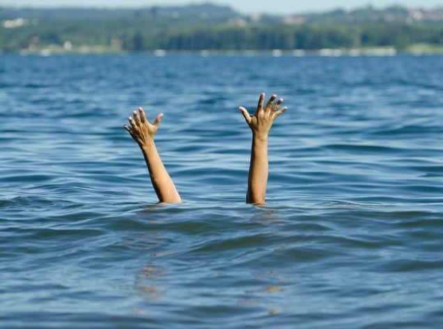 inecat in mare