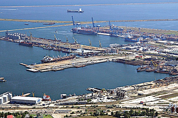 portul constanta sud agigea