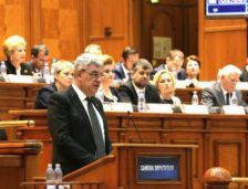 """Premierul Tudose, laude la adresa lui Traian Băsescu: """"Există și opoziție serioasă"""""""