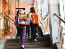 Situatie cutremurătoare: unul din patru elevi nu continuă studiile după clasa a VIII-a