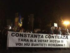 """Constanța protestează: """"Vrem justiție, nu corupție!"""""""