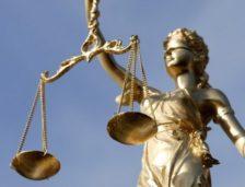 Constanța: condamnat la închisoare cu suspendare pentru că a omorât un câine