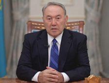 Președintele Republicii Kazahstan prezintă revoluția industrială într-un plan strategic compus din 10 etape