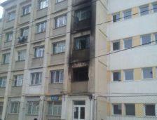 Constanța: O comisie a Bazei Navale cercetează incendiul de la căminul militar C4