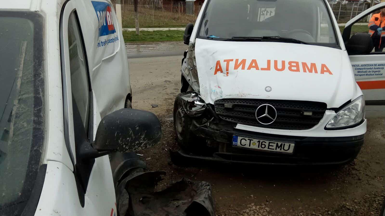 accident ambulanta cumpana