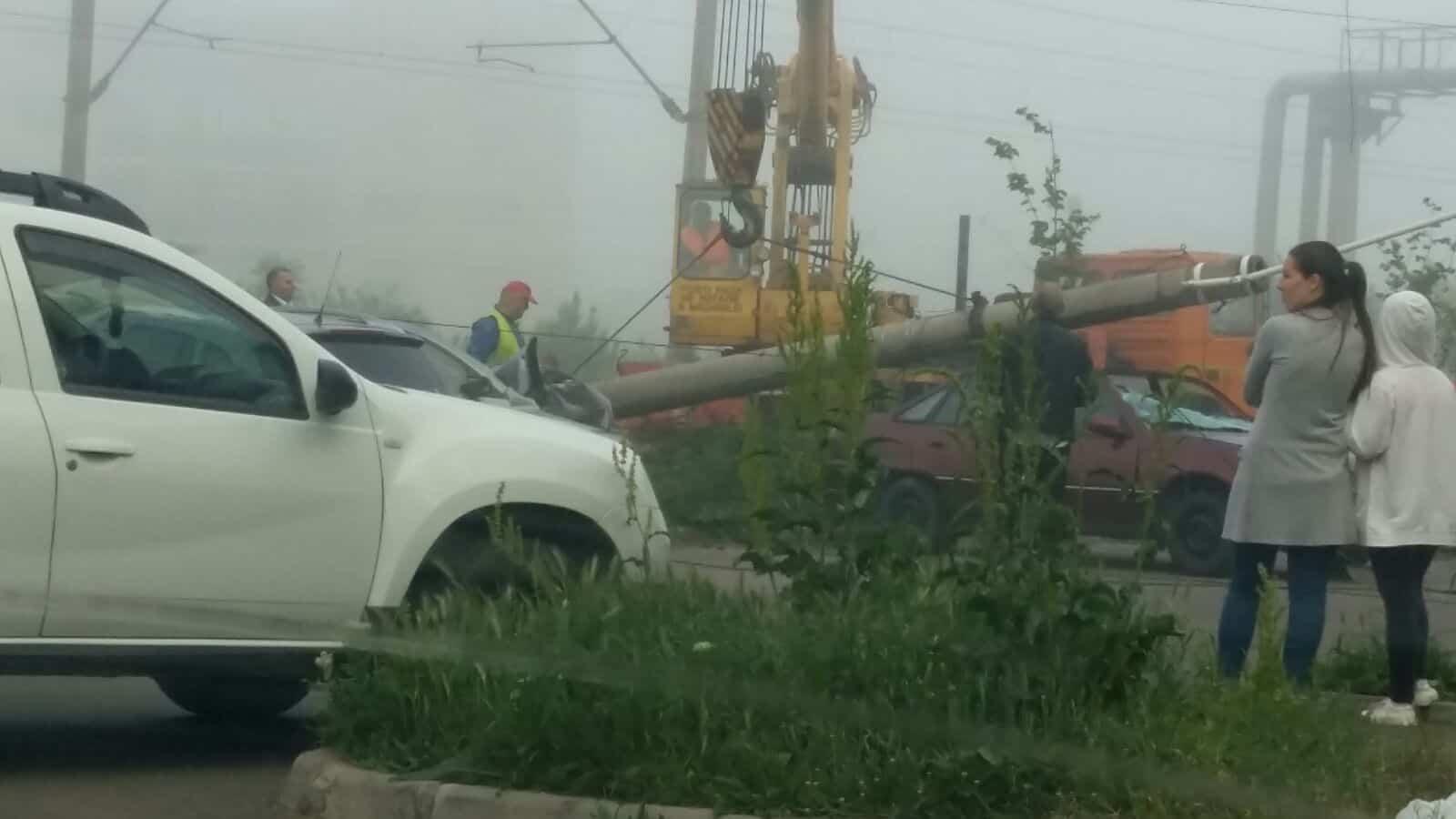 accident grav stalp cazut2