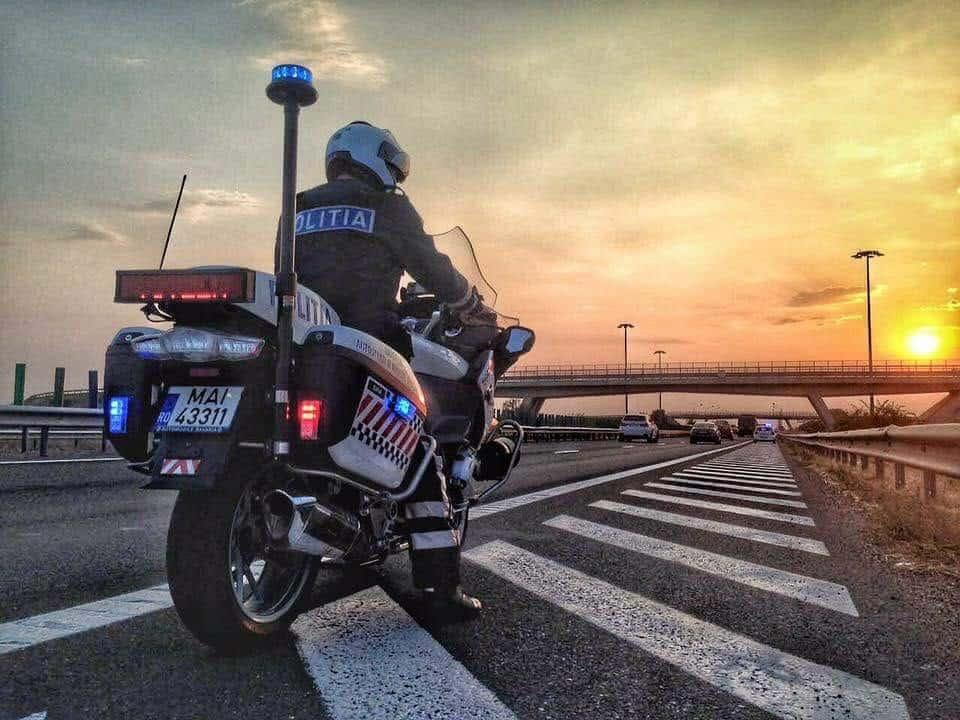 autostrada politia motocicleta
