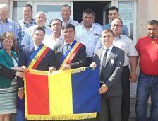 (video) Ședință solemnă la Castelu. Comuna s-a înfrățit oficial cu o localitate din Republica Moldova