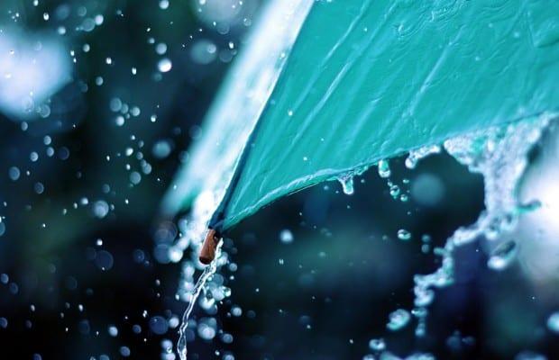 ploua torential
