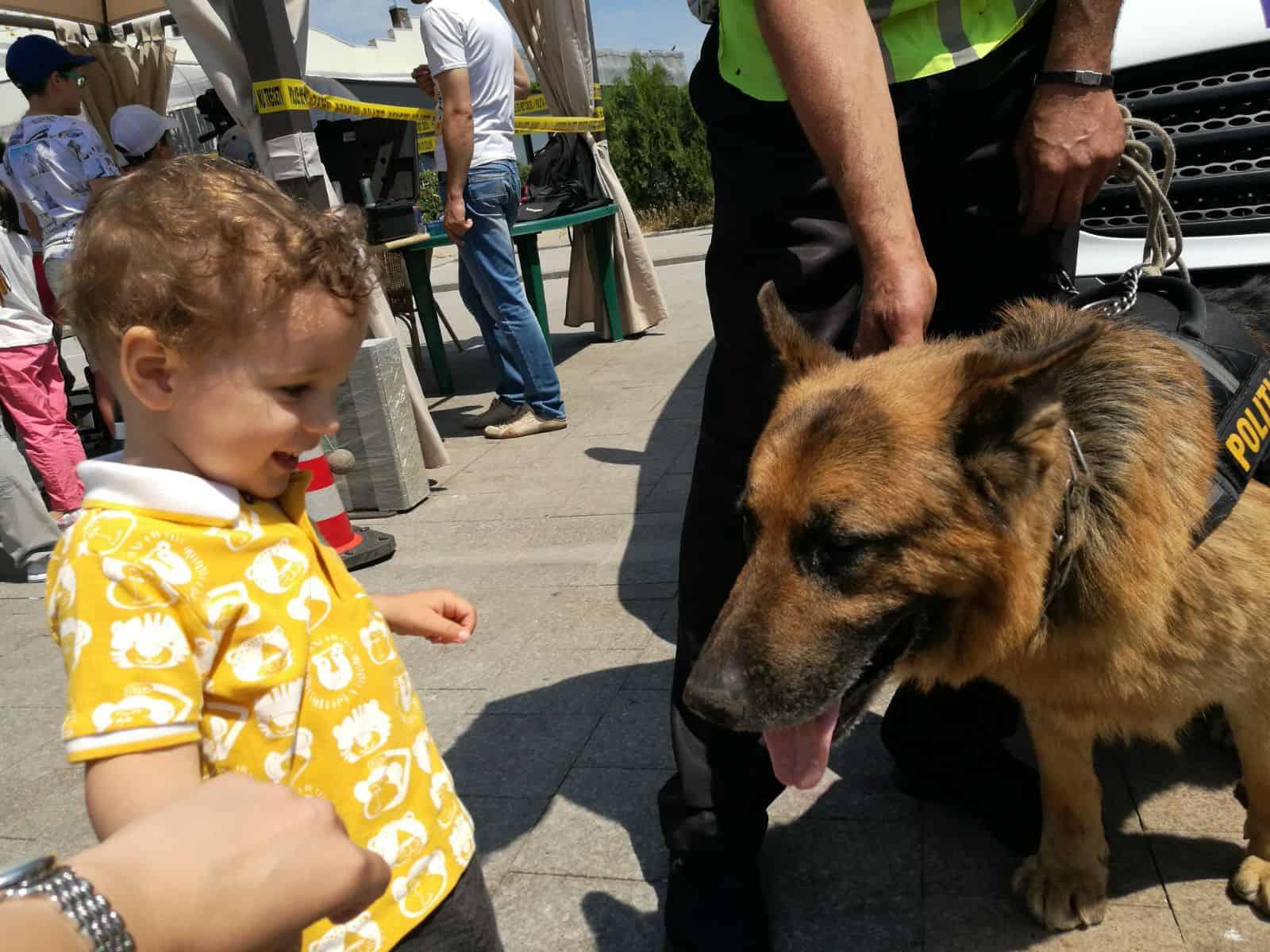copil si politist