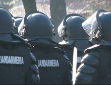 Jandarmeria cumpără CARTUȘE de manevră, GRENADE fumigene și cu efecte speciale și PETARDE