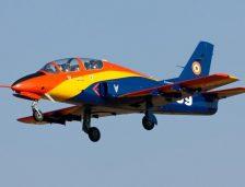 Un avion militar s-a prăbușit în județul Bacău! Piloții au reușit să se catapulteze