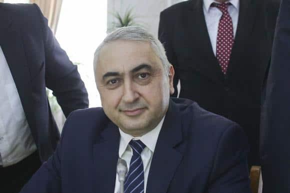 ministrul educatiei